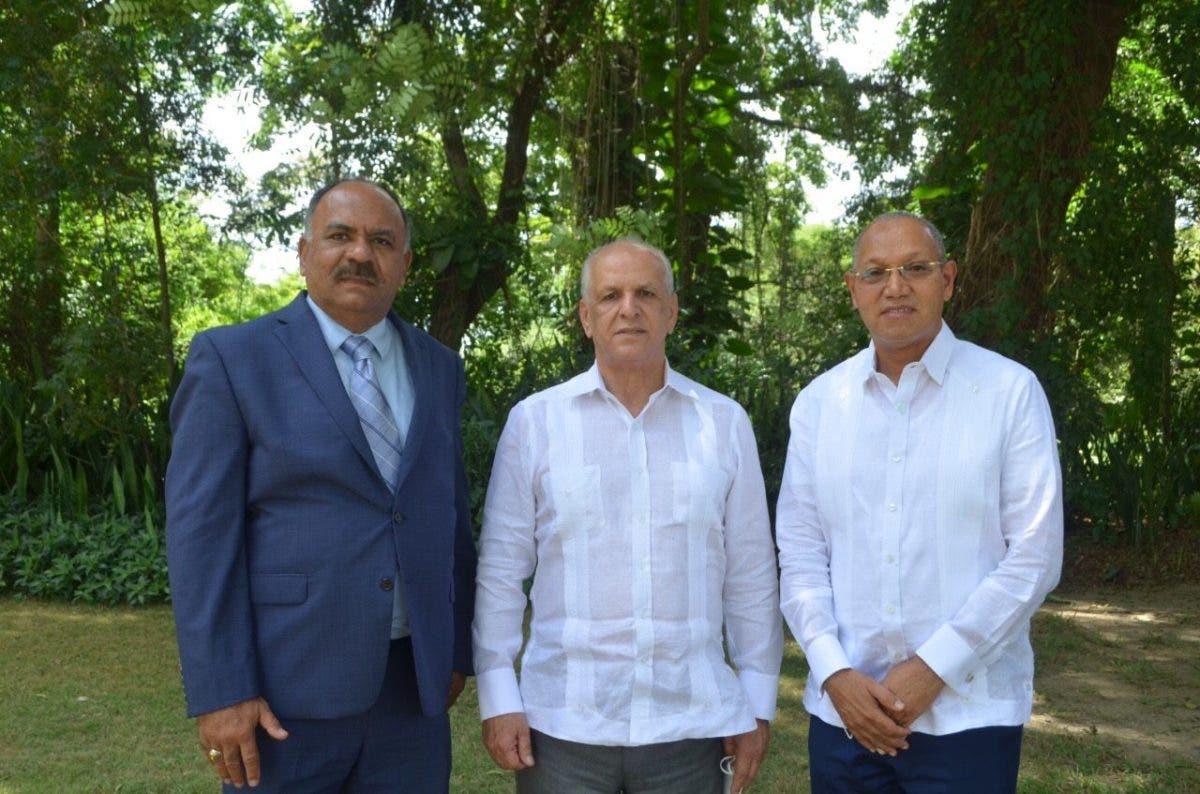 IAD y Universidad ISA firman acuerdo
