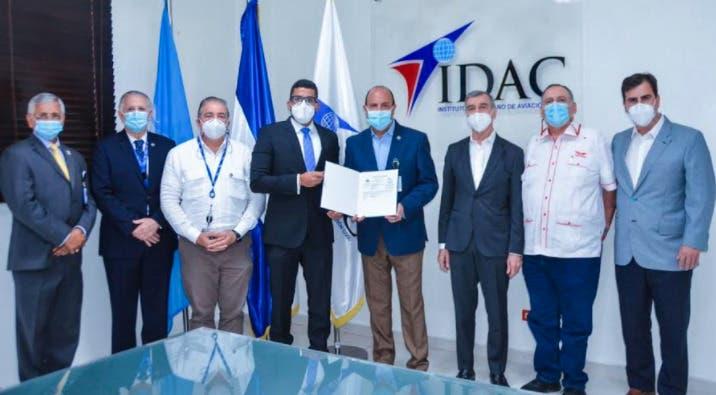 IDAC certifica aerolínea dominicana Red Air para iniciar sus operaciones