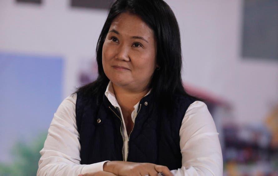 """Keiko Fujimori denuncia supuesto """"fraude sistemático"""" en comicios de Perú"""