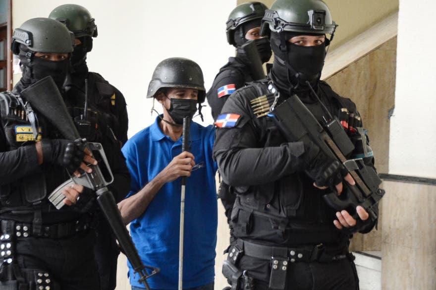 En foto: Luis Dicent y otros imputados en «fraude» Lotería Nacional