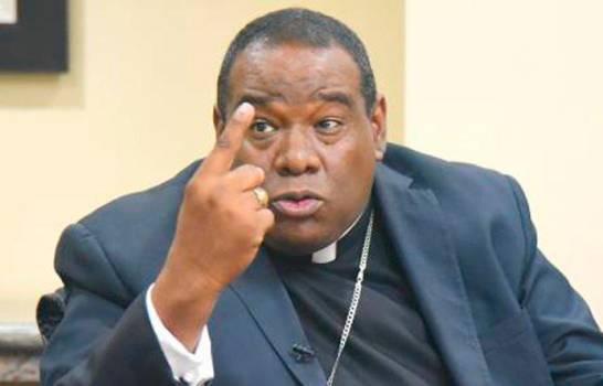 «Desmedido y criminal», así considera obispo Castro Marte  aumento de productos
