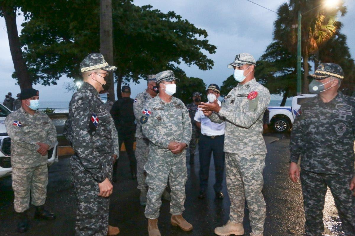 Autoridades recorren Gran Santo Domingo para verificar cumplimiento toque de queda