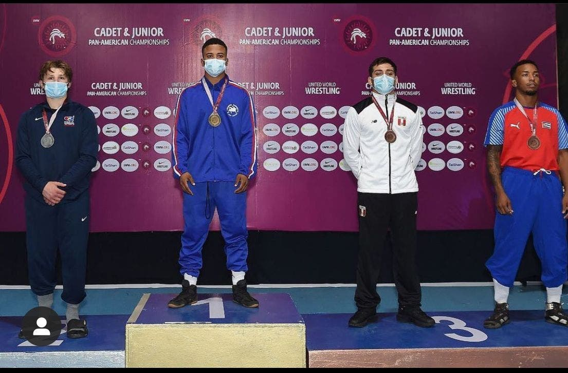 Lucha obtiene ocho plazas para Juegos Panam Junior de Cali