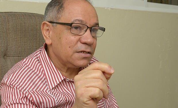 Pepe Abreu dice sólo el 11% de asalariados gana más de 30,000 pesos