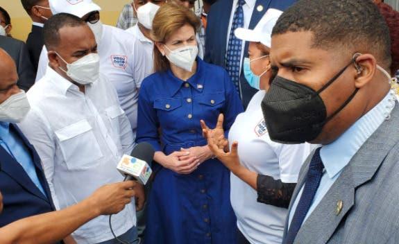 Raquel Peña insiste «vacuna es lo que nos va a sacar de la pandemia»