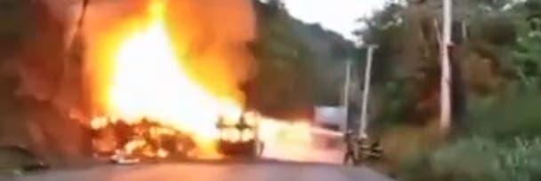 Video: Tanquero de combustible se incendia en la autopista Duarte