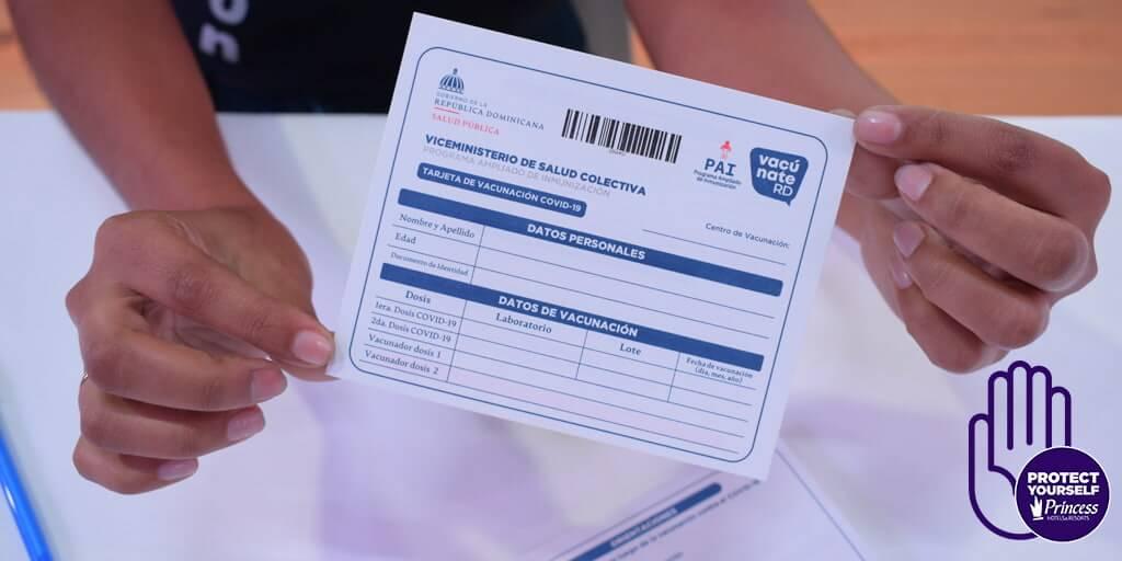 En línea; Aplicación web para portar tarjeta de vacuna