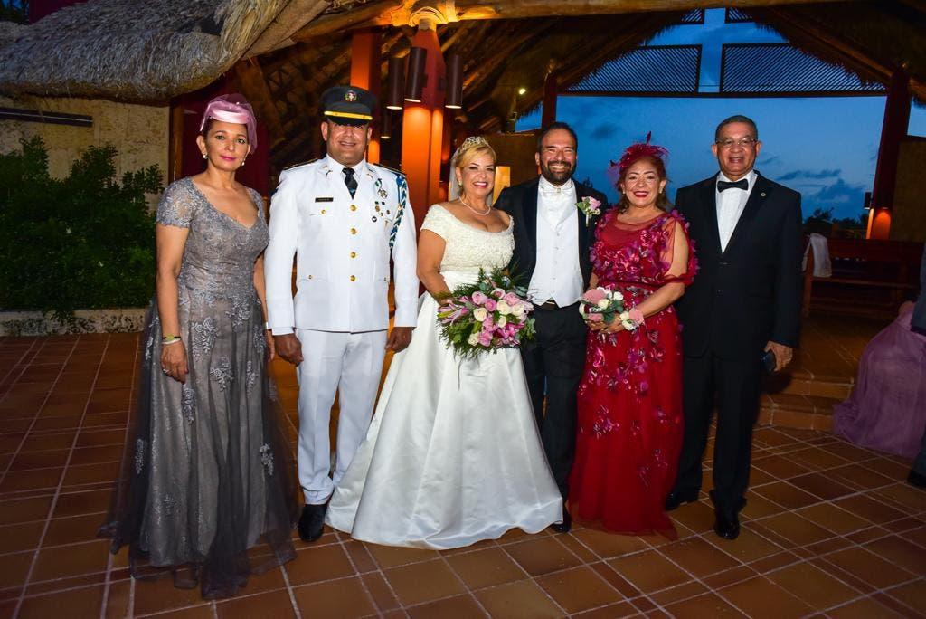 Empresarios celebran espectacular boda en Punta Cana
