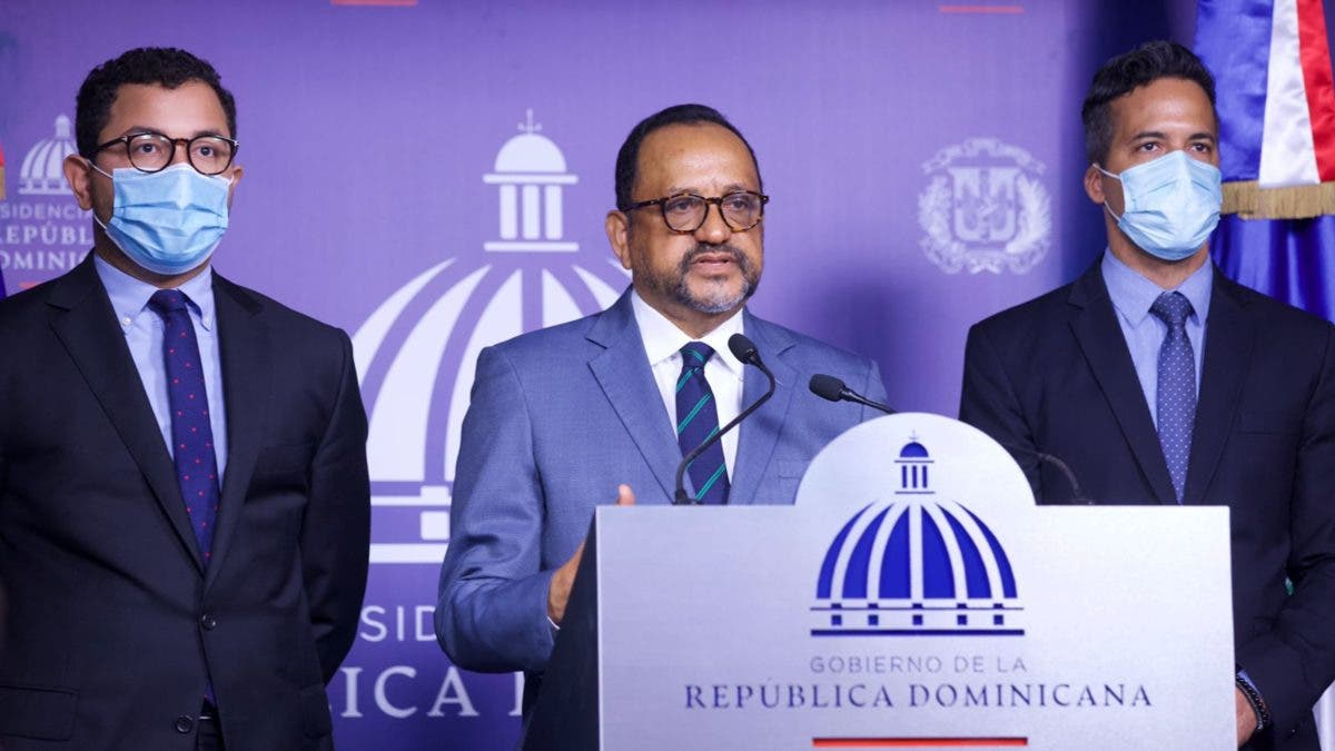 Luis Abinader remitió al Senado reforma y modernización del DNI