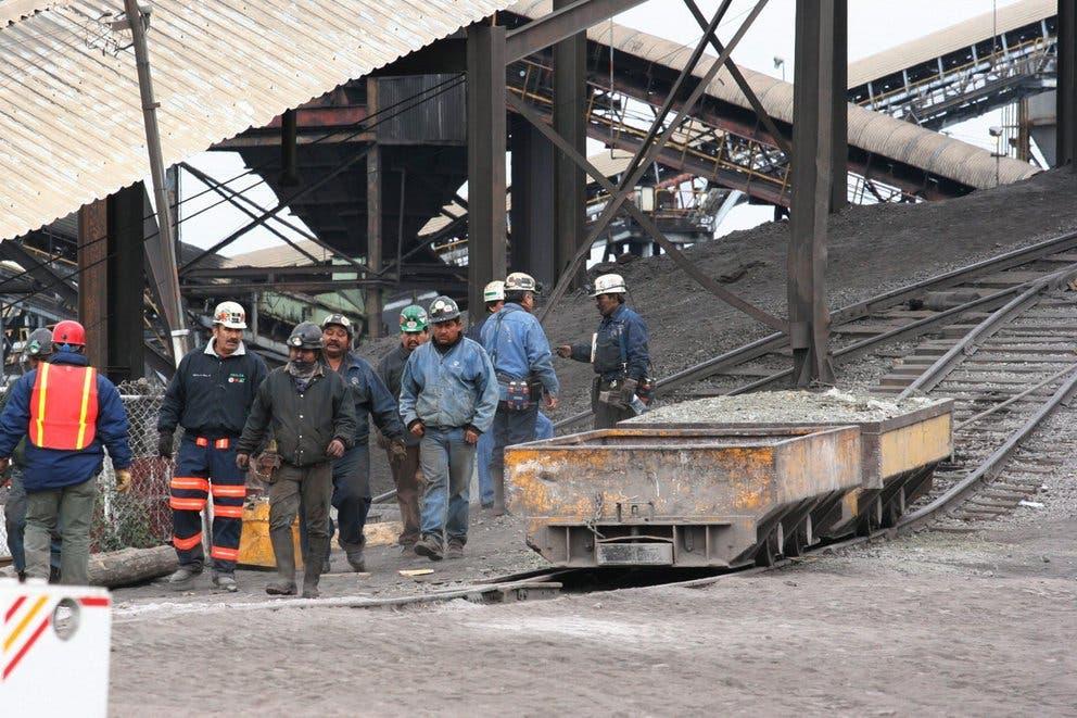 Varios mineros quedan atrapados por colapso de una mina en el norte de México