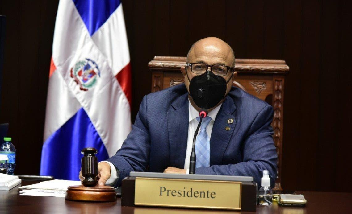 Alfredo Pacheco pide intervención internacional en Haití