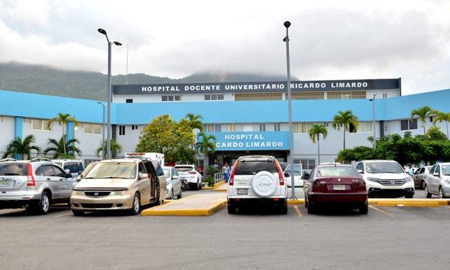 Paralizan labores del Hospital Ricardo Limardo de Puerto Plata