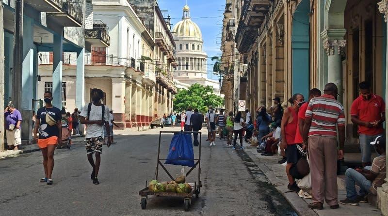 Cuba declara fase de transmisión comunitaria por elevada transmisión de covid