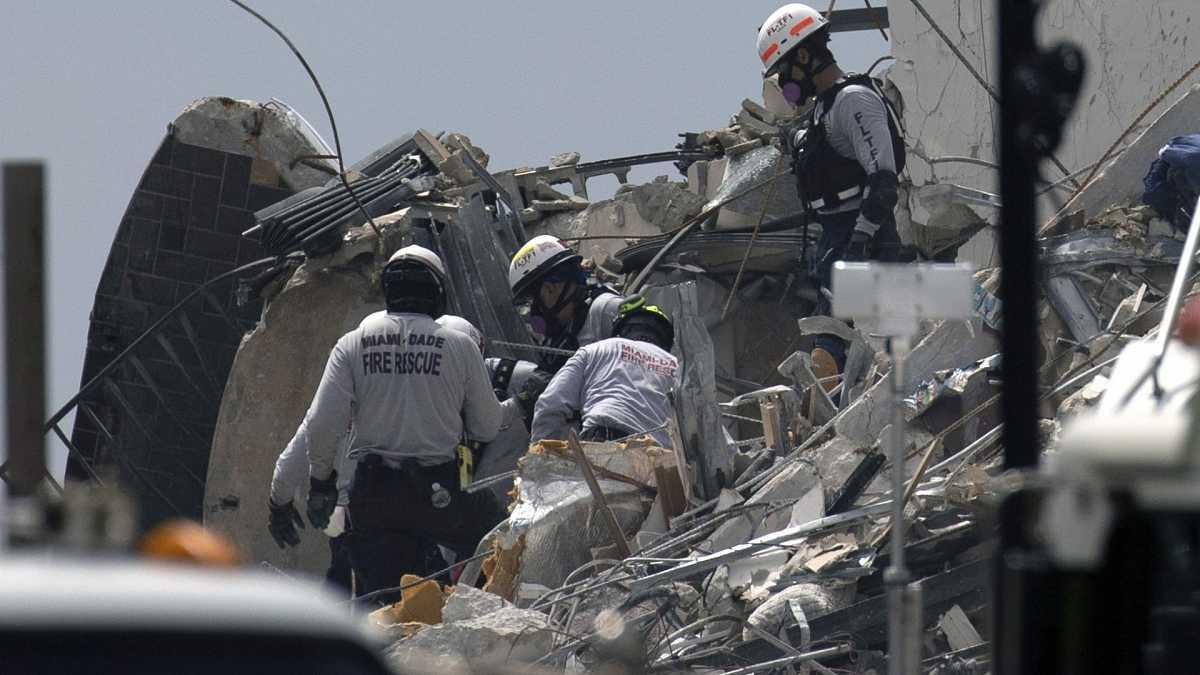 Aumentan a 5 los muertos por el derrumbe de un edificio de Miami-Dade