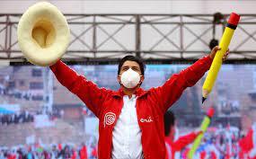 Pedro Castillo lidera con 100% de actas procesadas en Perú