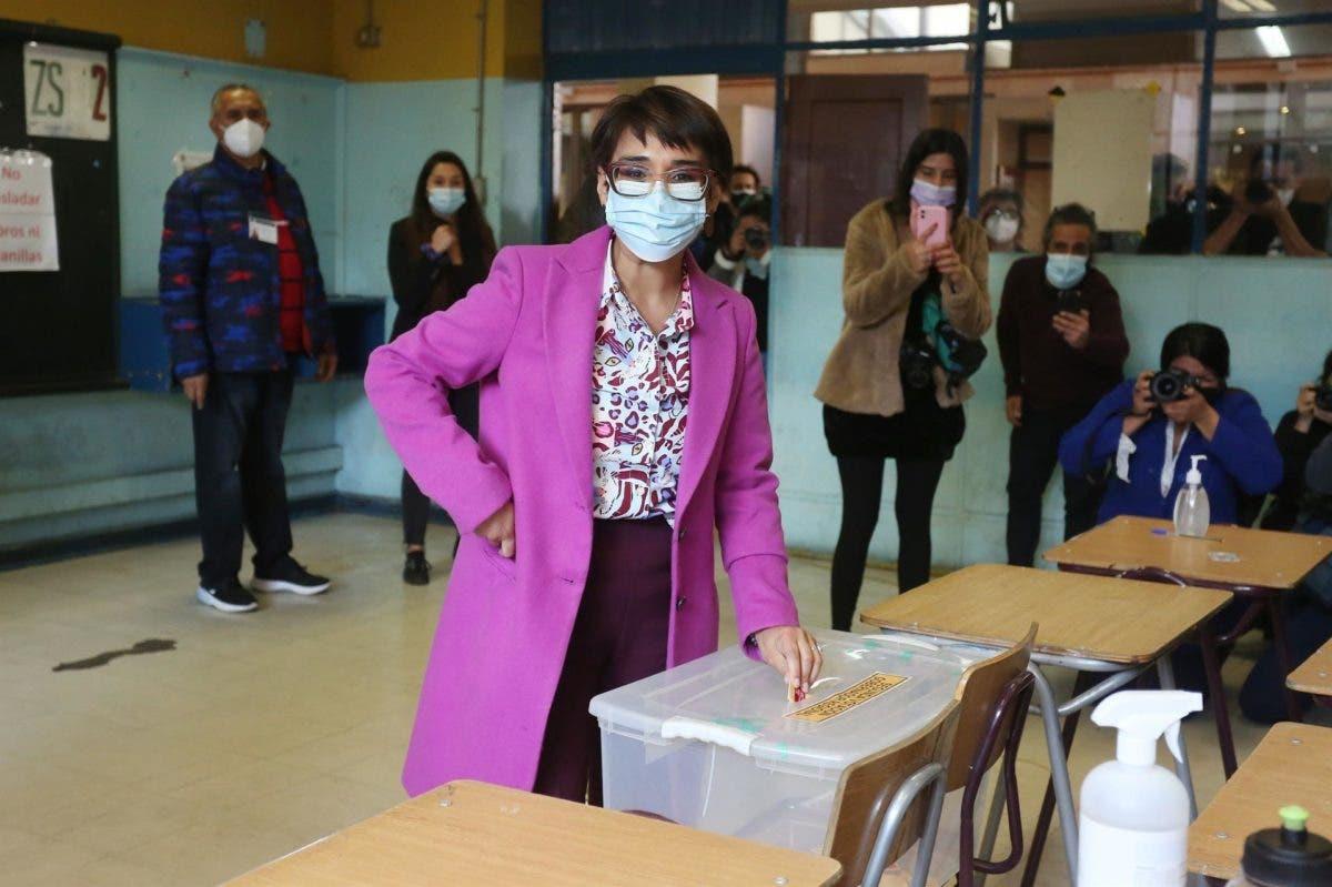Las elecciones regionales en Chile transcurren con un llamado a la participación