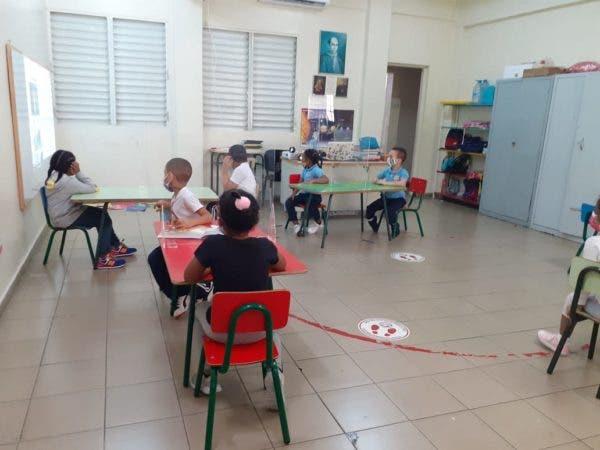 Colegios privados valoran Gobierno no los mandó a clases a distancia