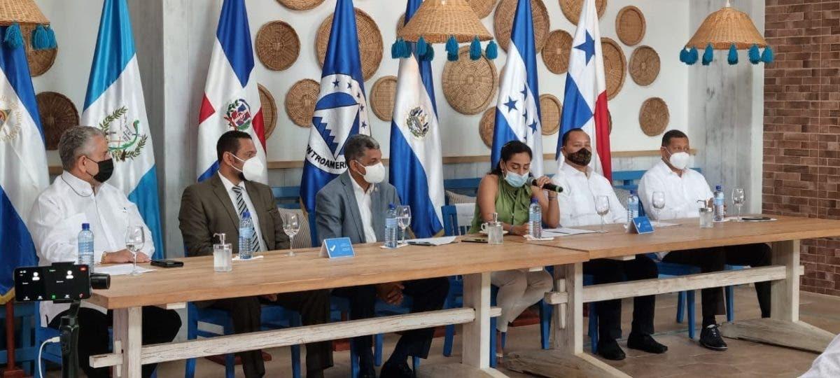 Presidenta del PARLACEN llama a reactivar turismo para dinamizar economía en la región