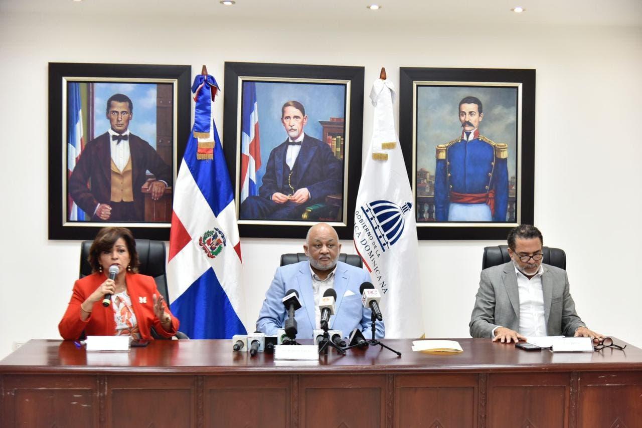 Consejo Nacional de Educación escoge a los ganadores del premio a la Excelencia Magisterial 2021