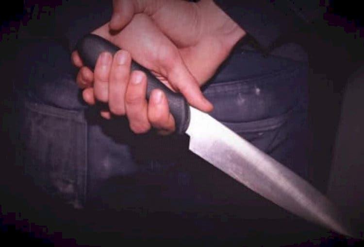 Matan hombre a puñaladas en interior de su casa en Montecristi