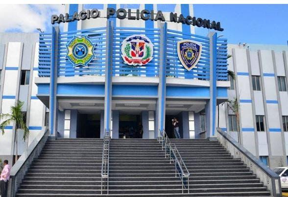 Suspendido el policía que propinó golpiza a un joven en La Vega