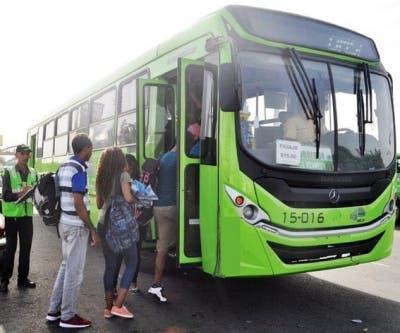 Disponen autobuses de la OMSA para el traslado de personas en zonas vulnerables