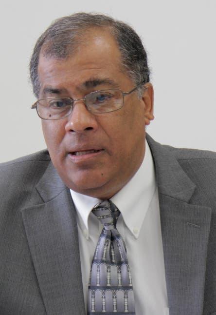 Luis Vargas duda desarrollo turístico de Pedernales