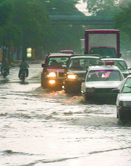 Siguen lluvias; hay ocho provincias en alerta verde