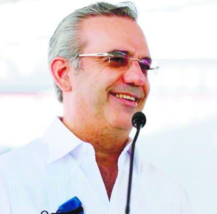 Luis Abinader felicita a los padres dominicanos con mensaje dedicado al suyo,  José Rafael Abinader