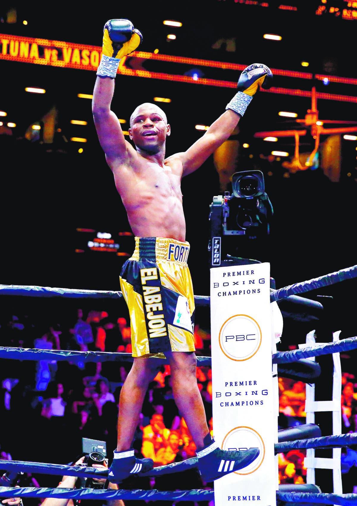 Javier Fortuna buscará hoy hacer historia en el boxeo
