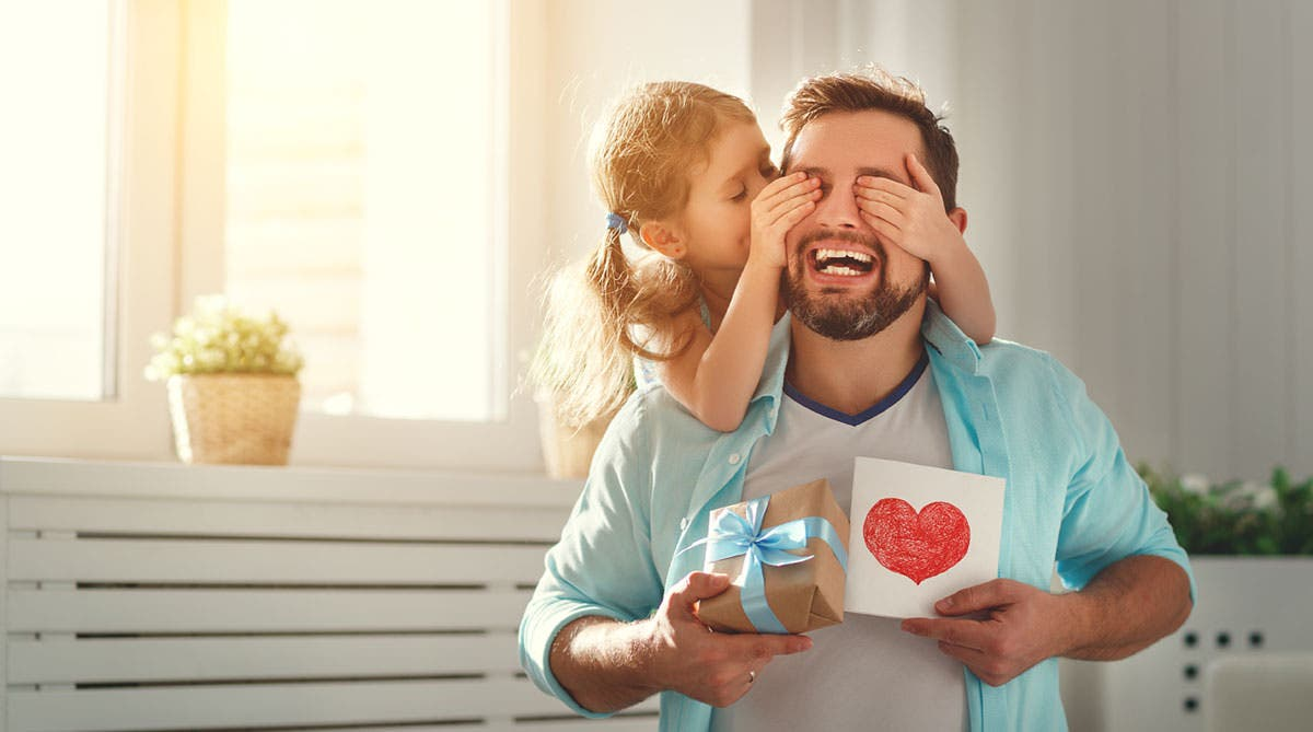 ¿Celebrará usted el Día de lo Padres este domingo? Unos dicen que sí y otros que no