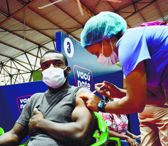 RD tiene más 3.8 millones completamente vacunados contra COVID-19