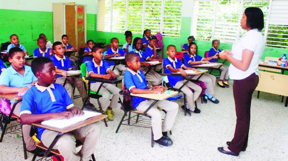 Sector educativo privado valora clases presenciales