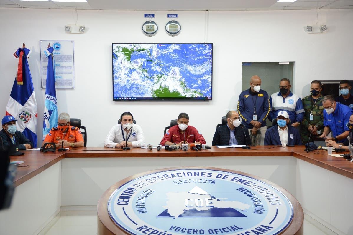 El país en alerta por paso huracán Elsa por litoral Sur