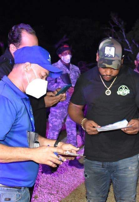 Autoridades desmantelan fiestas    secretas; incautan hookahs