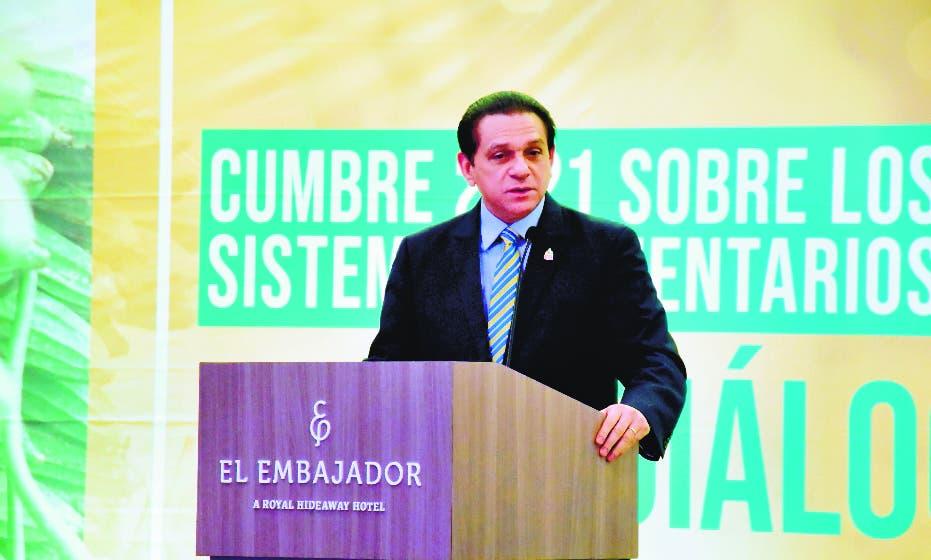 Ministro aconseja población nutrirse y mejorar calidad vida
