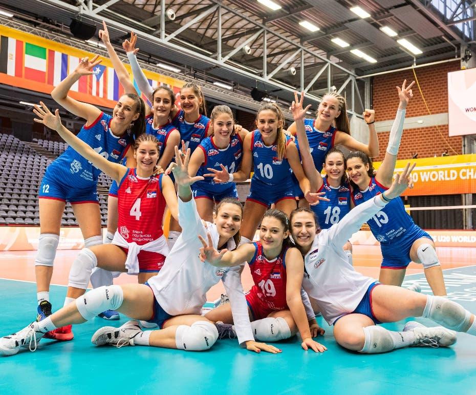 Serbia vence a RD y avanza en torneo