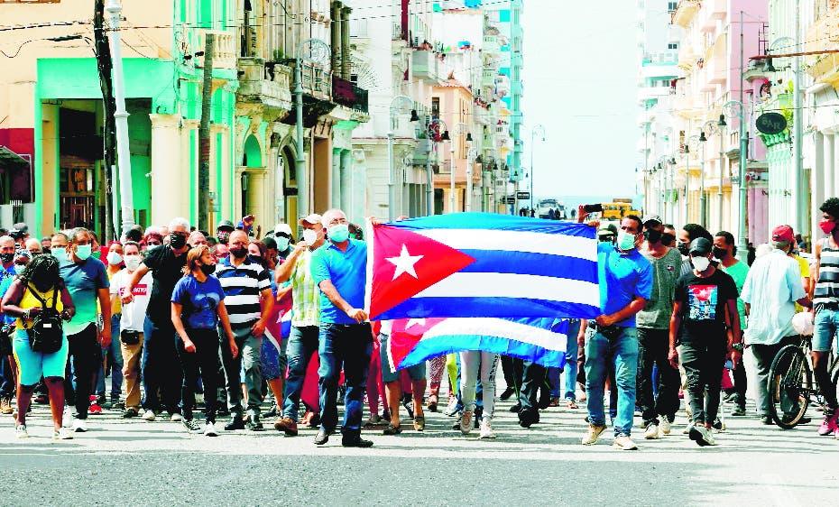 Cuba exige EU reabra servicios consulares