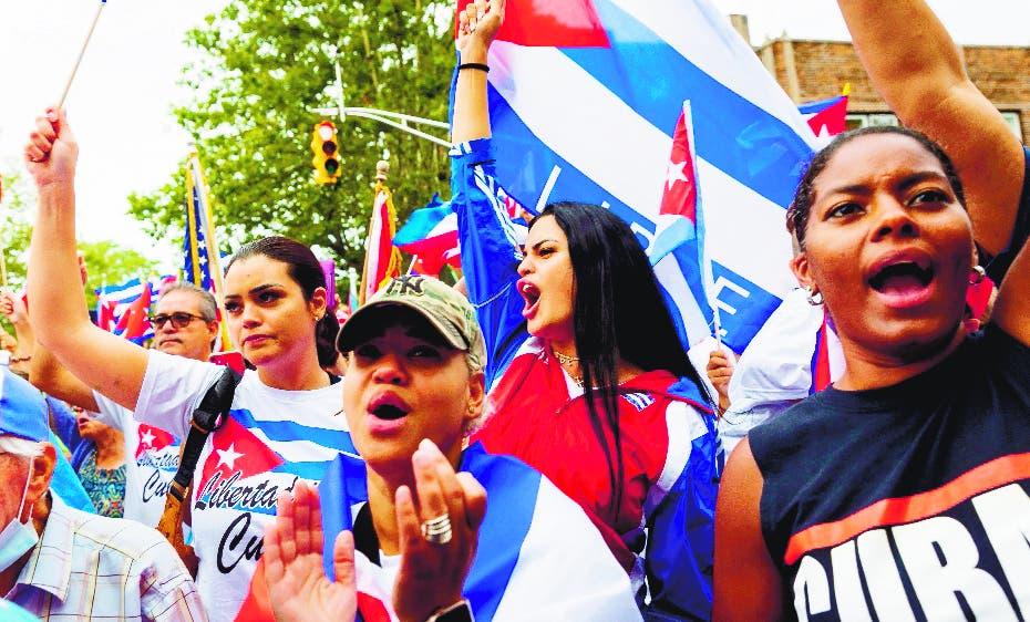 Informan de un muerto en protestas en Cuba