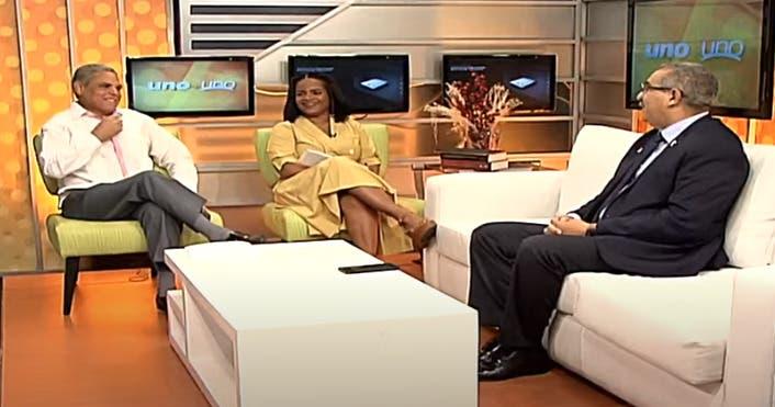Entrevista a Carlos Sánchez en el programa Uno+ Uno