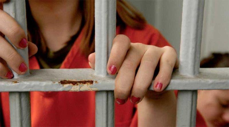 Mujer en la cárcel