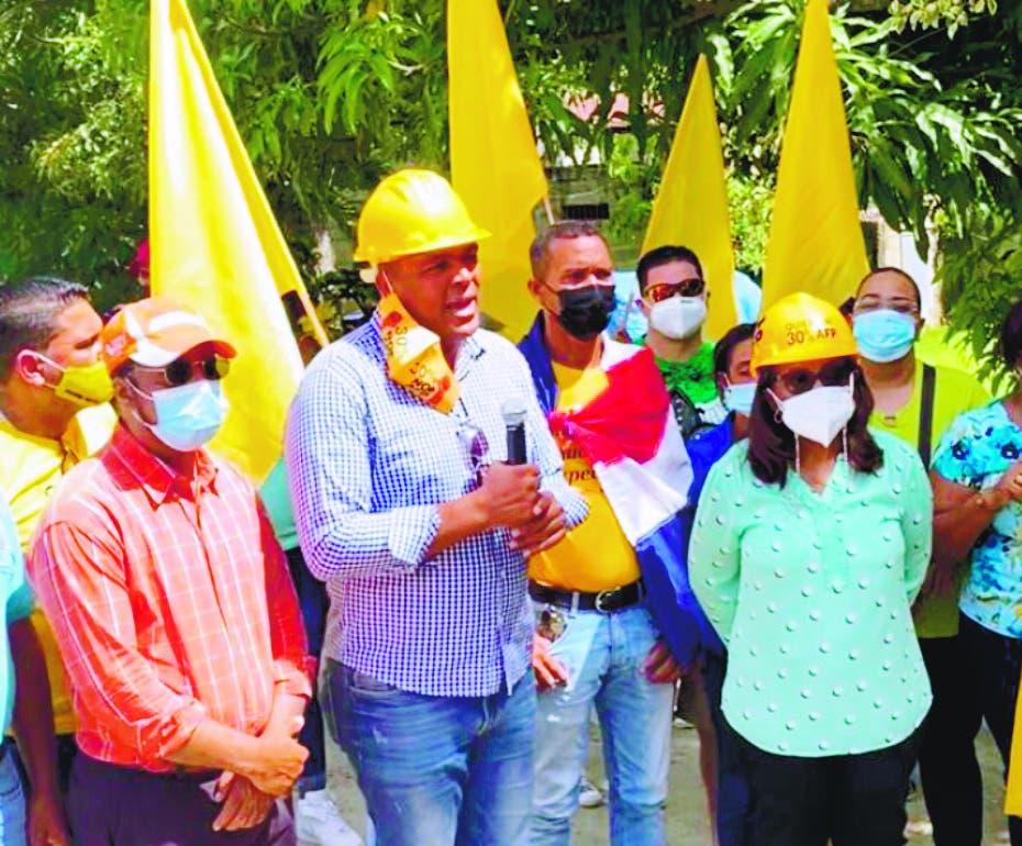 Botello y Agüero  llevan a Dajabón lucha fondos AFP