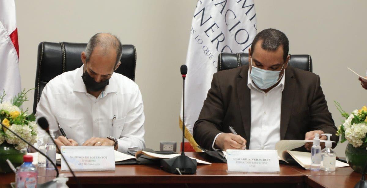CNE y AES  firman concesión para operar planta Santanasol