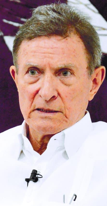 Canciller dijo verja fronteriza frenará migración ilegal