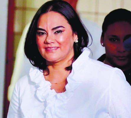 Honduras aplaza caso primera dama