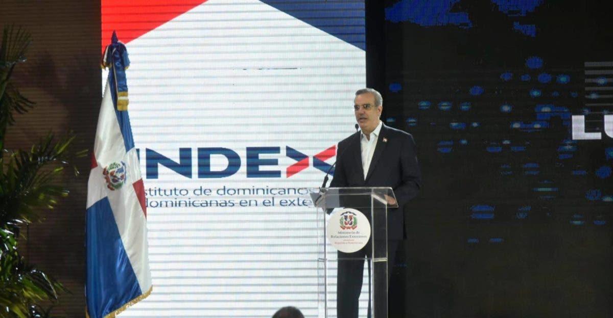 Presidente Luis Abinader lamenta  muerte de Johnny Ventura