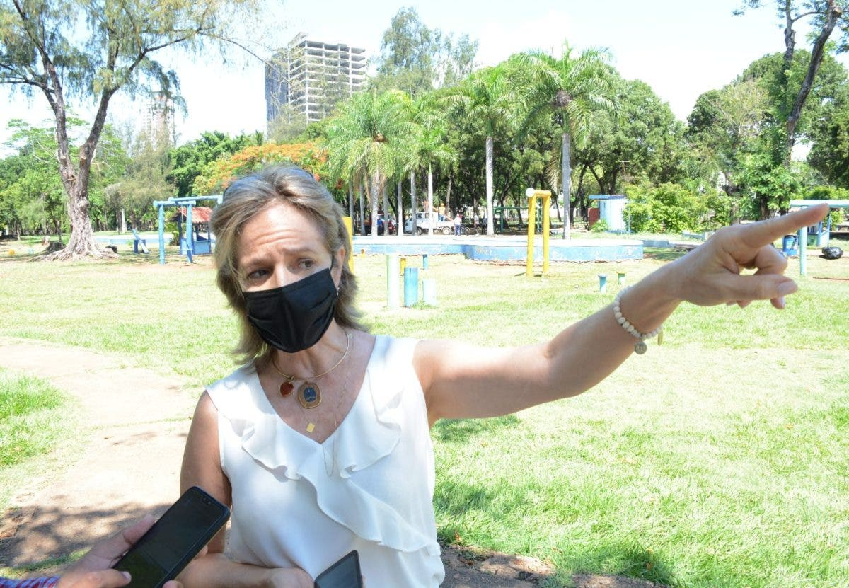 ADN y BPD reacondicionan parque Mirador Sur en SD