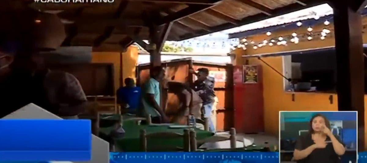 Roberto Cavada narra cómo equipo de Telenoticias fue atacado en Haití