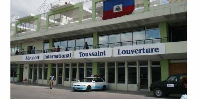 Cierran el aeropuerto de Puerto Príncipe tras el asesinato del presidente