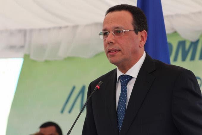 Peña Mirabal culpa a Leonel por miles de peledeístas que «están pasando trabajo» en sus casas